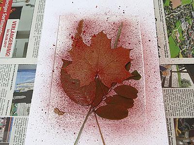 Wasserfarbe spritzen