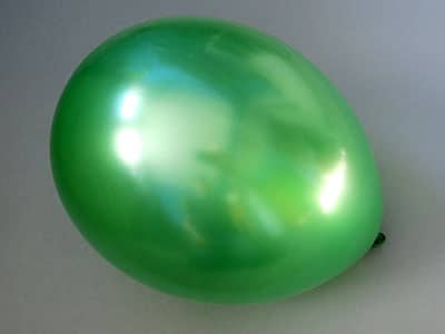 Luftballon zum Korb basteln