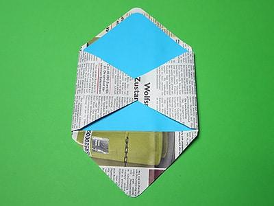Briefumschlag kleben