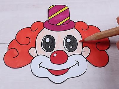Clown Gesicht ausmalen