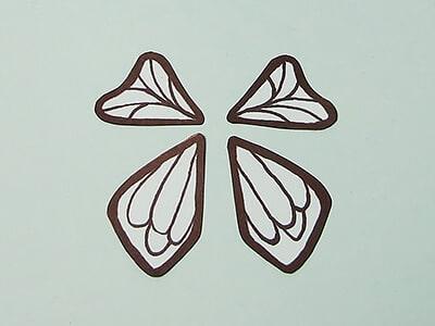 Schmetterlingsflügel malen