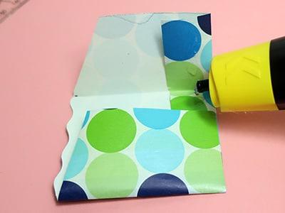 Tasche zusammenkleben