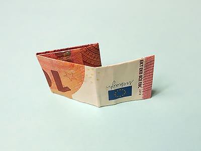 Geldschein falten Schritt 5