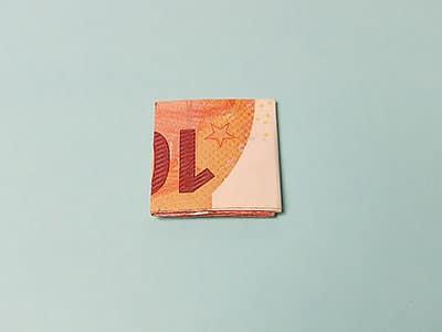 Geldschein falten Schritt 6