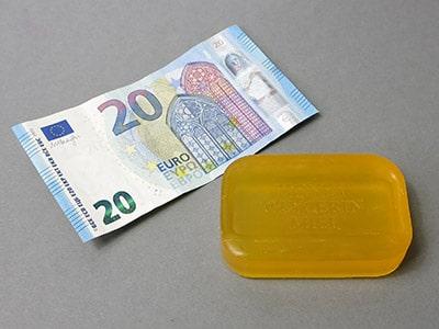Material für Geldgeschenk in Seife