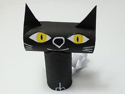 Schwarze Katze basteln