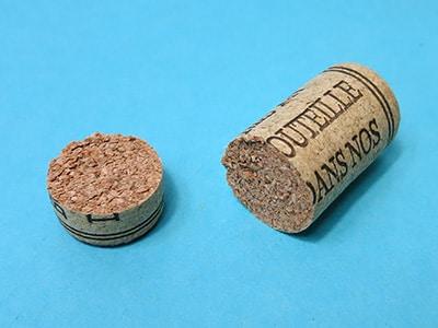 Weinkorken zerschneiden