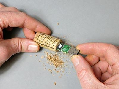 USB-Stick einstecken